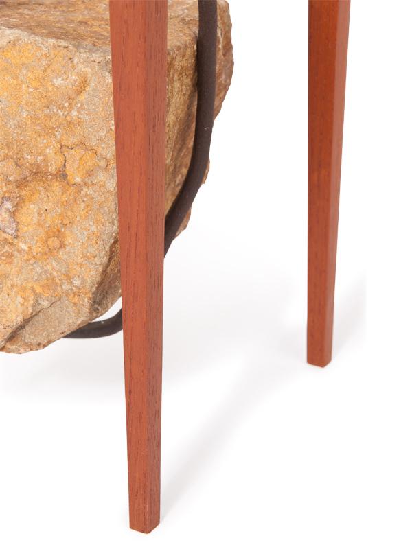 steen tafel detail