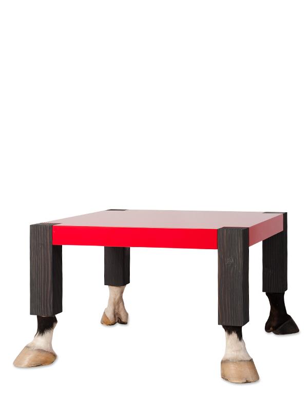 paard tafel rood